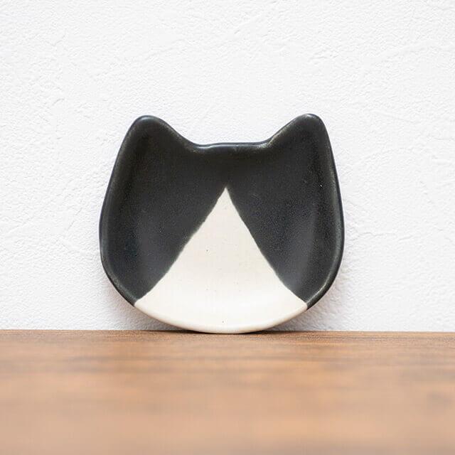 ネコ耳型猫皿