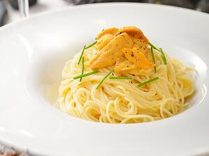北海道産塩水ウニの冷製スパゲティ